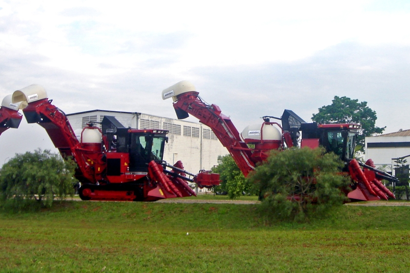 mechanical sugarcane harvesters