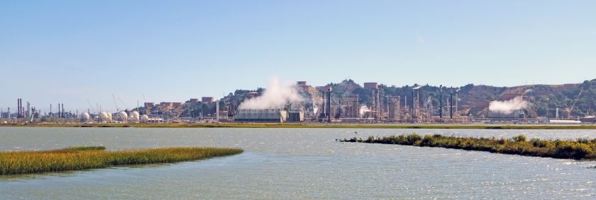 Chevron_Richmond_Refinery_view_from_Bay_Trail,_August_2017